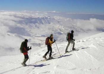 لبنان اليوم - تبوك تجذب هواة التزلج مع تساقط الثلوج