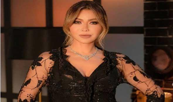 لبنان اليوم - إطلالات راقية للفنانة نوال الزغبي باللون الأبيض