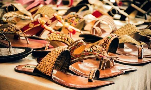 لبنان اليوم - أفكار لتنسيق الصندل مع الأزياء المختلفة